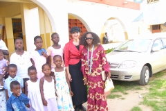 Kay and Sandi with children in Ghana